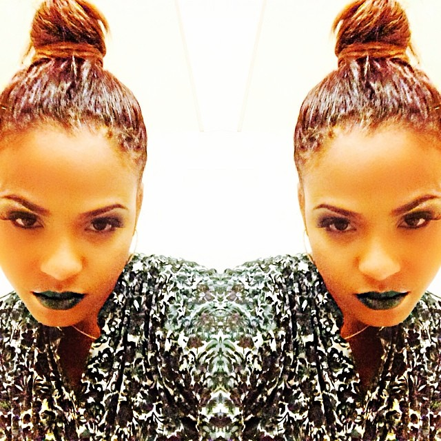 christina-milain-selfie-wearing-green-lipstick