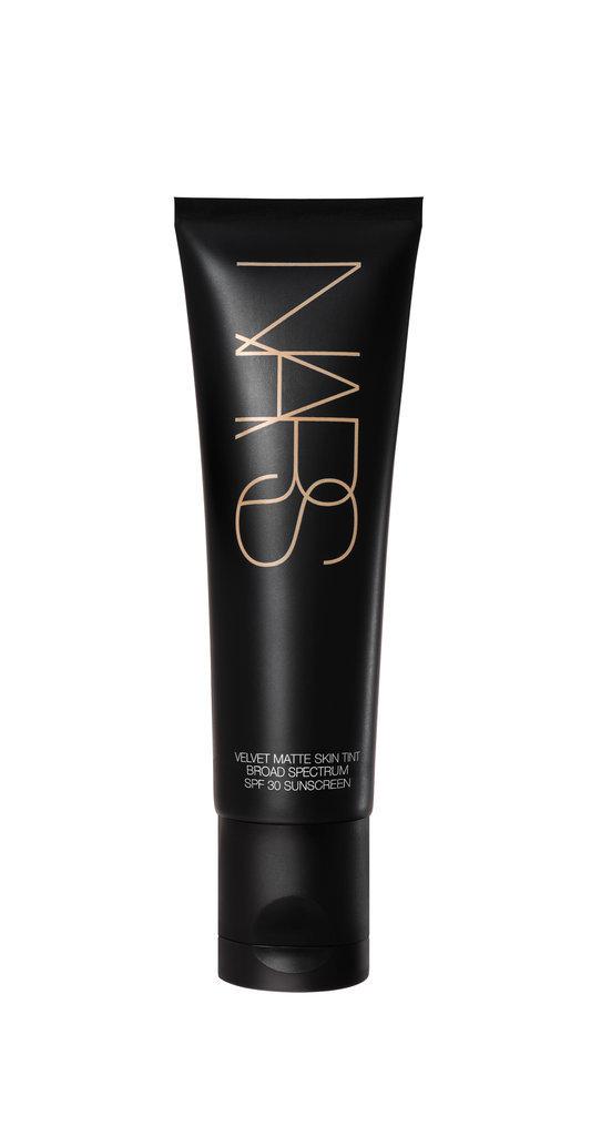 Nars-Cosmetics-Velvet-Matte-Skin-Tint-SPF-30